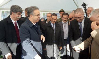 Temmar supervise la distribution de logements AADL à Alger