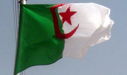 Le drapeau national en berne dans toutes les ambassades d'Algérie