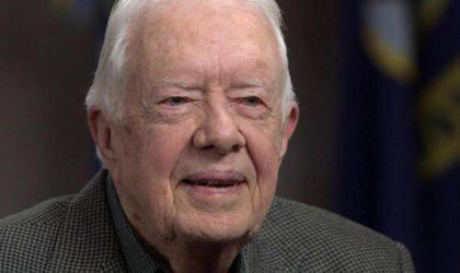 Jimmy Carter : «Attention, le monde est à deux doigts d'une guerre nucléaire»