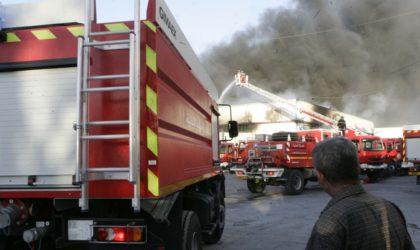 Un incendie ravage 15 locaux au niveau d'un centre commercial à Tipasa