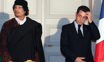 L'ancien président français Nicolas Sarkozy à nouveau dans la gadoue