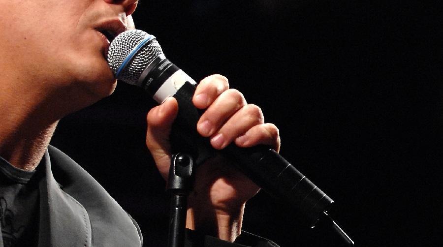 chanteur Béjaïa