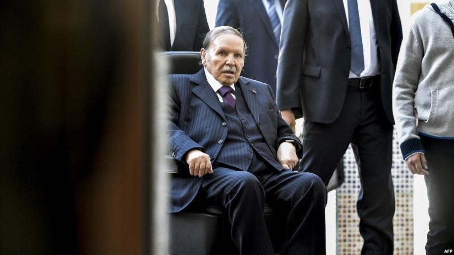 Bouteflika signature décrets