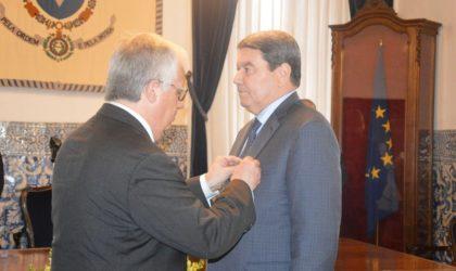 Hamel décoré de la médaille d'excellence de la police portugaise