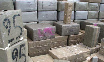 Tlemcen : saisie de plus de 5 kg de kif traité et démantèlement d'une bande de trafiquants de drogue