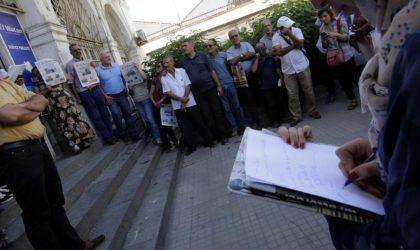Précarité des journalistes : une association tire la sonnette d'alarme