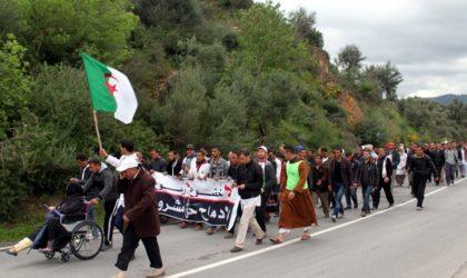Conseils et gestion de crises: des «spin doctors» britanniques à Alger