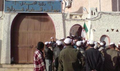 Une pétition pour la libération du militant de la cause berbère Salim Yezza