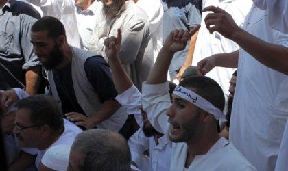 Aïssa tord le bras des intégristes et gèle les comités de gestion des mosquées
