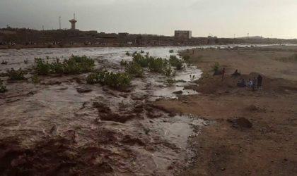 Inondations à Tamanrasset : 3 morts et un disparu dans les crues d'un oued (Protection civile)