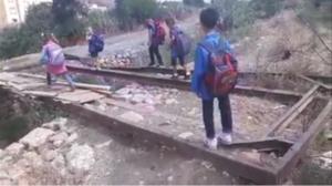 pont Khemis Miliana élèves
