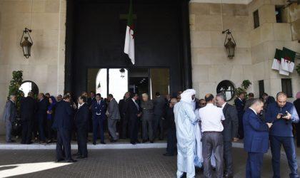 La destitution de Saïd Bouhadja précipiterait la dissolution de l'APN