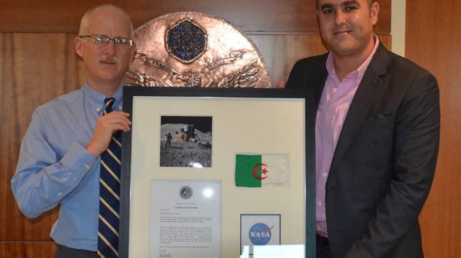drapeau algérien Apollo 15