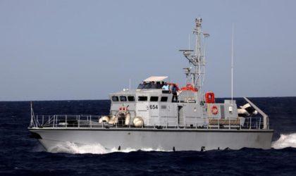 Deux bateaux de pêche italiens essuient des tirs au large de la Libye