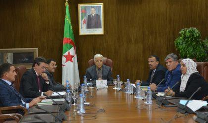 Quatre candidats au poste de président : l'après-Bouhadja a commencé