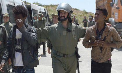Mohammed VI ment : le Maroc ne régularise pas les migrants