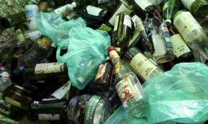 Des éboueurs refusent de ramasser les bouteilles vides de boissons alcoolisées