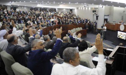 APN : l'éviction de Ould-Abbès ravit la vedette au vote du projet de loi de Finances