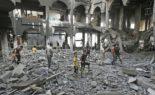 Les sionistes tirent au gaz lacrymogène à l'intérieur de la mosquée