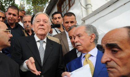 Ould-Abbès reprendra la tête du FLN pour annoncer sa démission