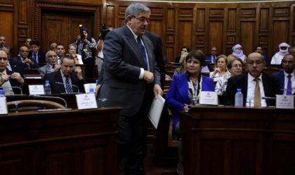 Ahmed Ouyahia déleste ses ministres d'une partie de leurs prérogatives