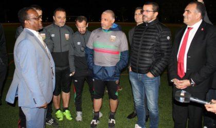 Ooredoo : visite de courtoisie aux joueurs du Mouloudia Club d'Alger