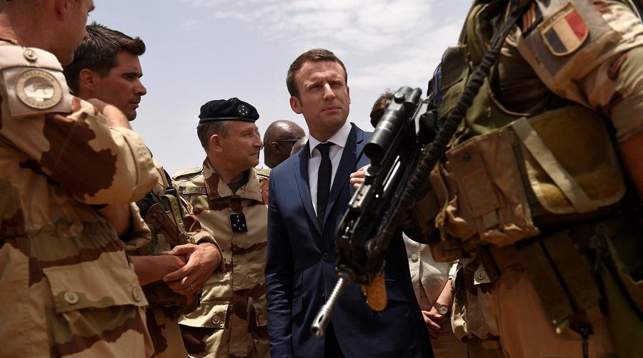 Macron Nusrat