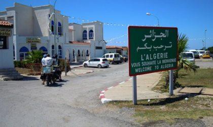 Des Tunisiens manifestent contre l'Algérie au poste de Bouchebka