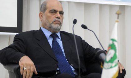 Soltani contredit Mokri et refuse de parler de crise en Algérie