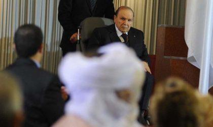Un média africain pro-français fabule sur un «putsch contre Bouteflika»