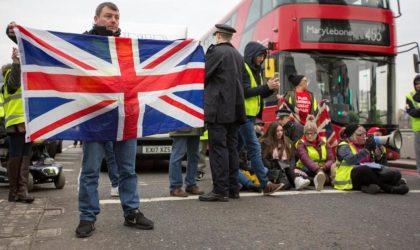 Le mouvement des Gilets jaunes atteint la Grande-Bretagne : émeutes à Londres