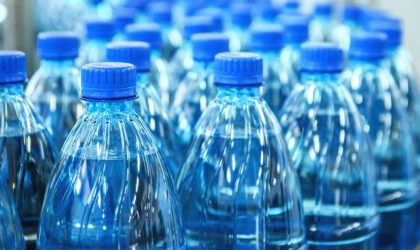 Le ministre du Commerce ordonne le retrait «immédiat» de l'eau minérale Texenna