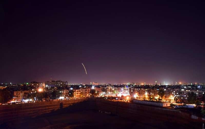 Lors d'un précédent bombardement israélien sur la ville de Damas. D. R.