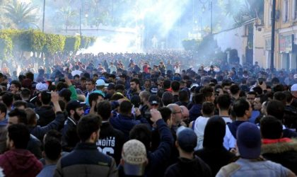 Algérie : de la démocratie autoritaire à l'autoritarisme démocratique