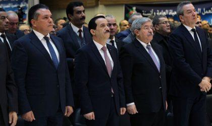 Les partis de l'alliance présidentielle applaudissent le «caractère pacifique» des marches