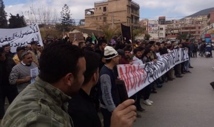 Imposante marche contre le cinquième mandat à Béjaïa