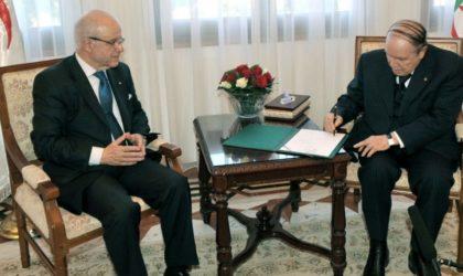 Candidature de Bouteflika: réactions en chaîne sur les réseaux sociaux