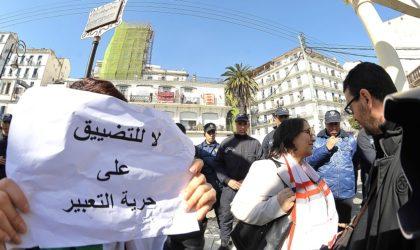 Les journalistes des secteurs public et privé manifestent pour la liberté de la presse