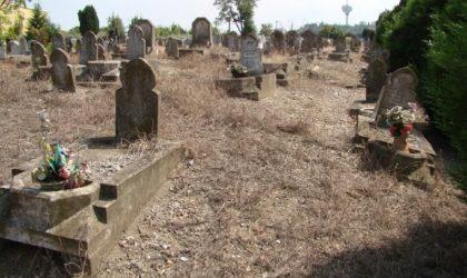Une ressortissante algérienne morte isolée enterrée dans l'anonymat à Paris