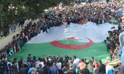 Marée humaine à Alger pour le 4e vendredi de mobilisation populaire