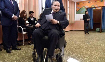 Pourquoi l'article 102 de la Constitution ne suffira pas à destituer Bouteflika