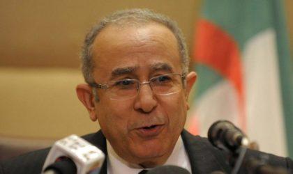 Selon Euronews : Bouteflika nommerait Lamamra en remplacement d'Ouyahia