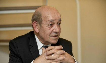 Jean-Yves Le Drian : «Je suis frappé par la dignité et la fierté du peuple algérien»