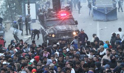 Heurts entre la police et des manifestants à Ben Aknoun