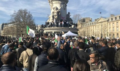 Les Algériens de France : «Bouteflika a violé la Constitution!»
