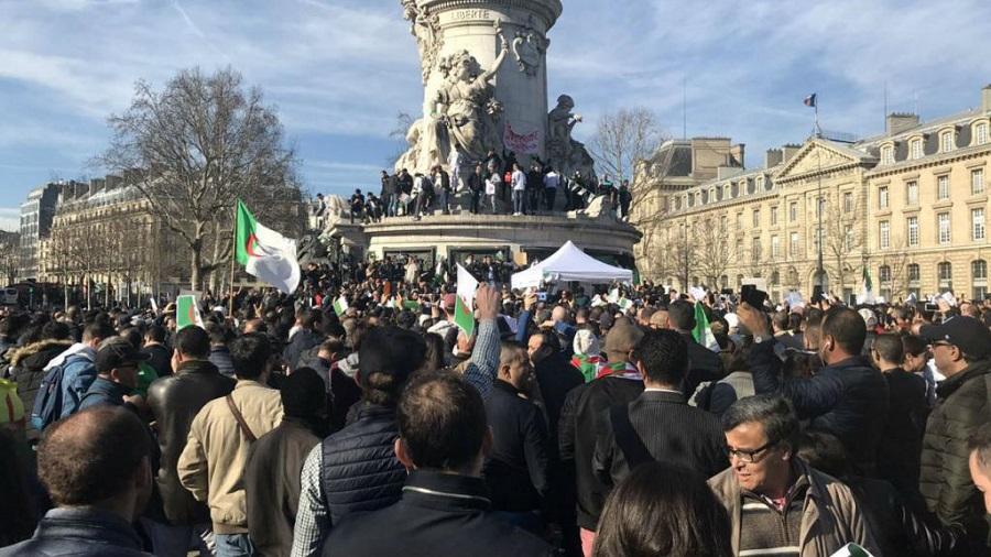 Algériens Paris manifestations