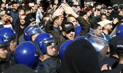 Comment les manifestants ont piégé le pouvoir incapable d'user de la force