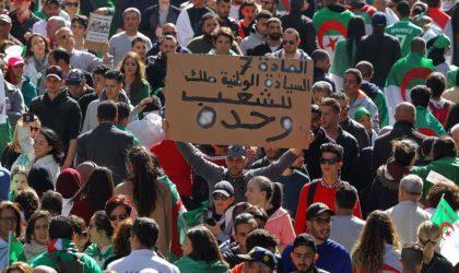 Détermination d'un peuple contre ruse d'un régime