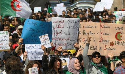 Les étudiants marchent encore à travers le pays