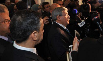 Ahmed Ouyahia sera-t-il le «témoin» qui entraînera les Bouteflika devant le juge ?